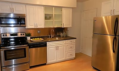 Pinegrove Townhomes, 1