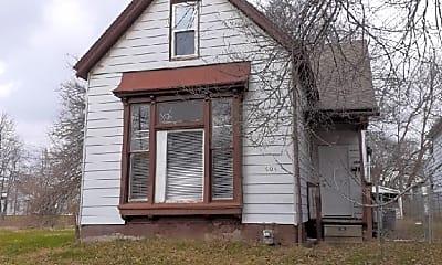 Building, 404 E Franklin St, 0