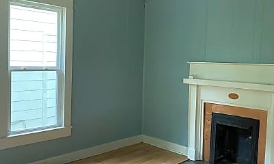 Bedroom, 1110 E Limestone St, 1