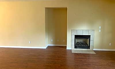 Living Room, 312 W Reese Ave, 1