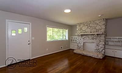 Living Room, 763 Heflin Ave E, 2