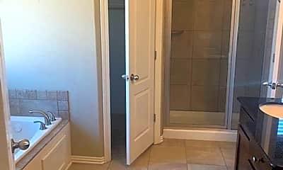 Bathroom, 213 Cherokee St, 1