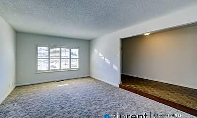 Living Room, 3901 Rimrock Dr, 1