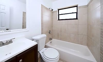 Bathroom, 417 NW 2nd Ave 17, 0