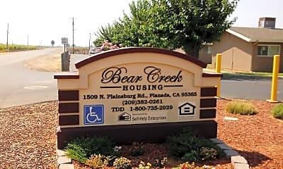 Bear Creek Apartments, 1