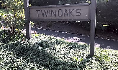 Twin Oaks Apartments, 1