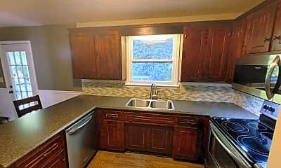 Kitchen, 337 McAdoo Creek Rd, 1