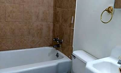 Bathroom, 604 S Prospect St, 1