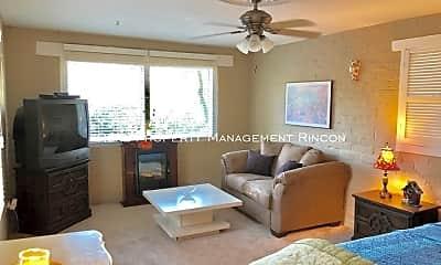 Living Room, 75 E Rudasill Rd, 2