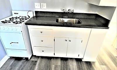 Kitchen, 1526 Magnolia Ave, 1