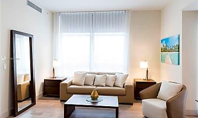 Living Room, 777 N Ocean Dr N533, 2