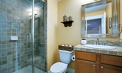 Bathroom, 10067 E 31st Ave, 2