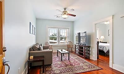 Living Room, 1330 Prytania St 201, 1
