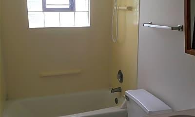 Bathroom, 47 N Jane Dr, 2