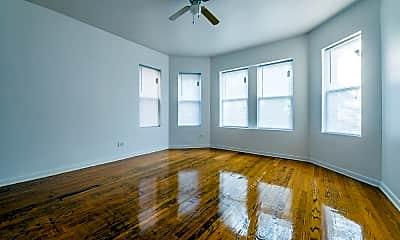 Bedroom, 8516 S Crandon Ave, 1
