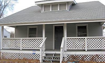 Building, 5516 Fremont St, 0