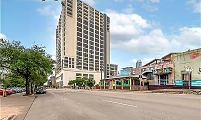 Building, 555 E 5th St 2825, 0
