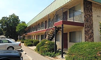 Warner Park Apartments, 0