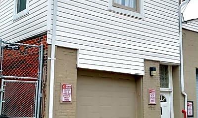 Building, 2118 E Carson St, 1