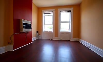 Living Room, 310 28th St 4, 1