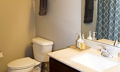 Bathroom, High Bluff Apartments and Townhomes, 2