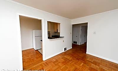Living Room, 7601 Geary Blvd, 1