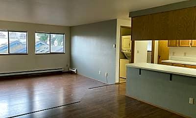 Living Room, 929 N 98th St, 1