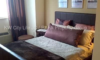 Bedroom, 403 Washington Blvd, 1