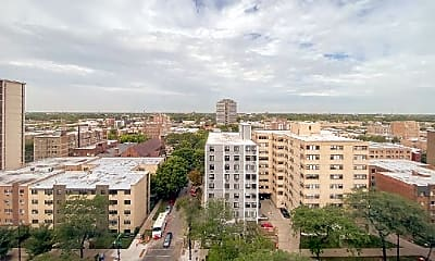 Building, 5801 N Sheridan Rd, 2