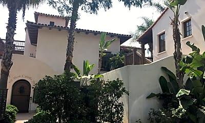 El Carrillo Apartments, 0