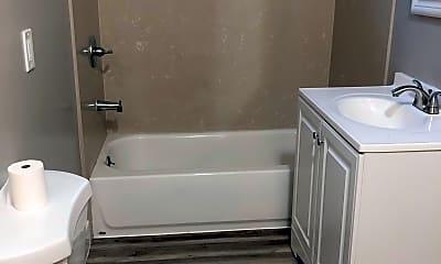 Bathroom, 809 w ninth st, 0