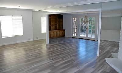 Living Room, 5332 Goodland Ave, 2