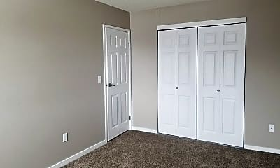 Bedroom, 505, 525, 605 & 705 Park Street, 0