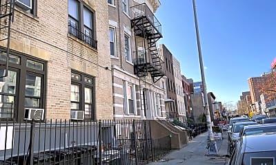 Building, 526 Lafayette Ave 7, 2