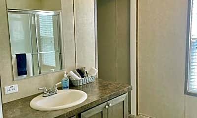 Bathroom, 2207 Burch Bridge Rd, 2