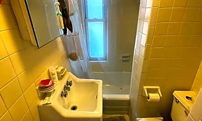 Bathroom, 27 Howe St, 1