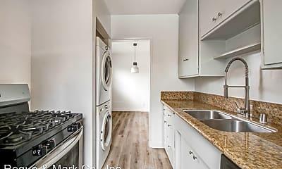 Kitchen, 943 6th St, 1