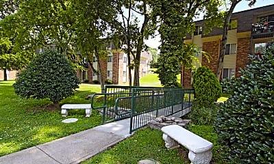 Courtyard, Tulip Grove, 1