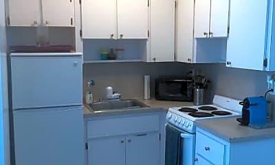 Kitchen, 1615 Pennsylvania Ave, 1