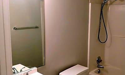 Bathroom, 550 Hietts Ln, 2