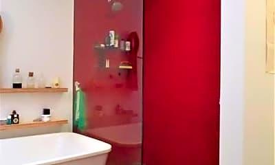 Bathroom, 205 Bainbridge St, 2