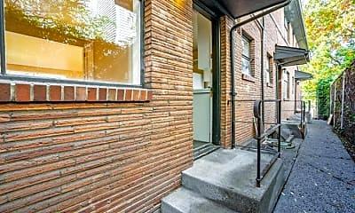 Patio / Deck, 736 E Olive St, 2