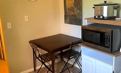 Kitchen, 447 N Fox Hills Dr, 1