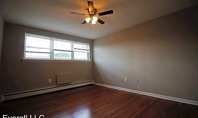 Bedroom, 5 W Oakland Ave, 2
