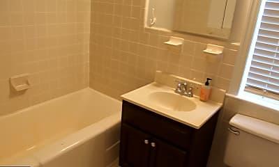 Bathroom, 2401 Arlington Blvd 201, 2