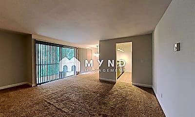 Living Room, 6858 139th Ave NE, 0