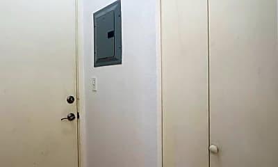 Bathroom, 1631 Nuuanu Ave, 2