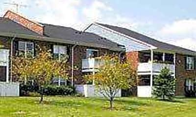 Ashton Apartments, 1