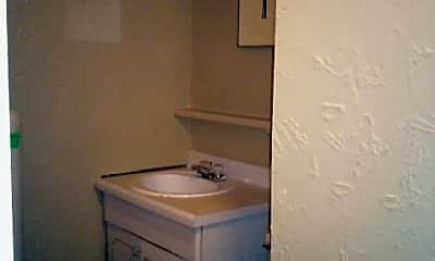 Bathroom, 725 S 16th Ave, 2