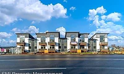 Building, 3675 River Rd N, 0